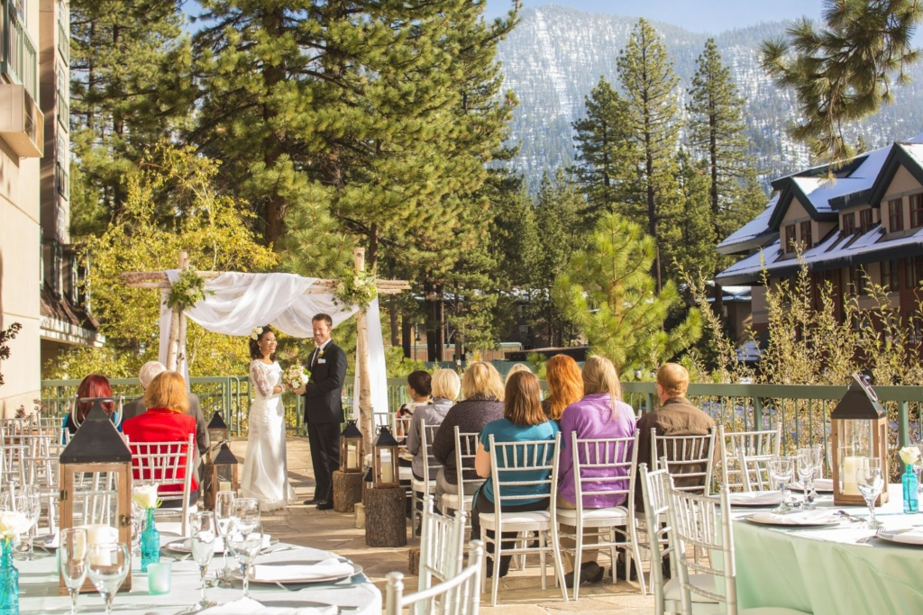 Lake Tahoe Resort is the perfect wedding venue in South Lake Tahoe, California.