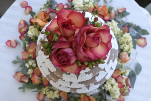 Statement wedding cakes, with multiple tiers and dramatic designs, are in this year.