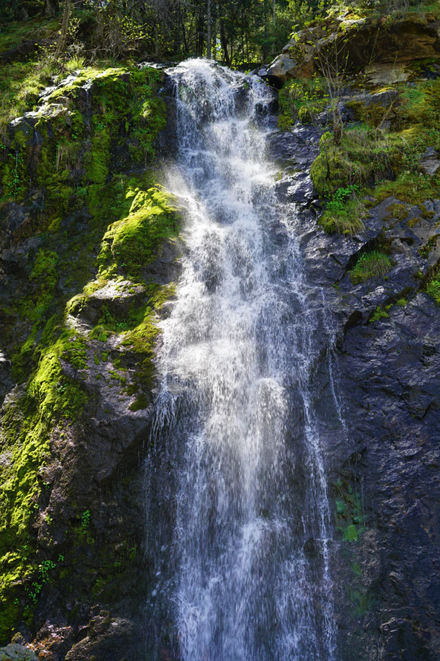 Waterfall off Highway 50 in Lake Tahoe